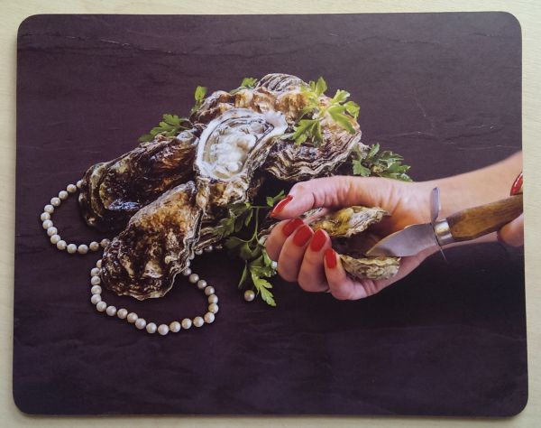 Foodshoots Pearl Oyster - Unique Design Tablemat