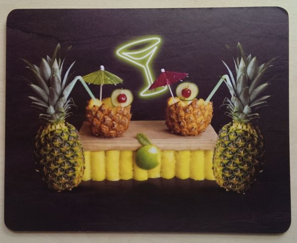 Foodshoots Pineapple Cocktails - Unique Design Tablemat